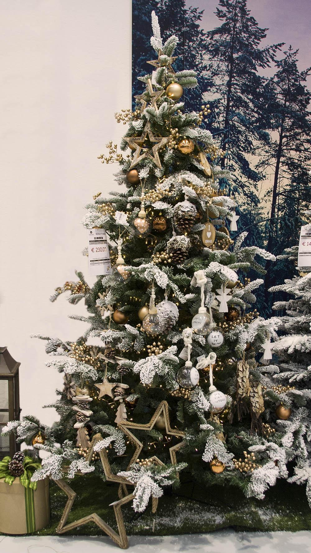 I nostri alberi di natale tendenze 2016 incartare for Obi albero di natale