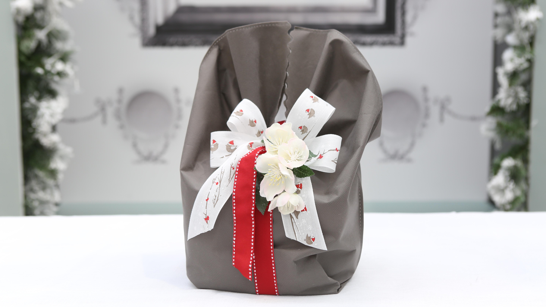 Confezione panettone idee per il packaging incartare - Scatole porta panettone ...