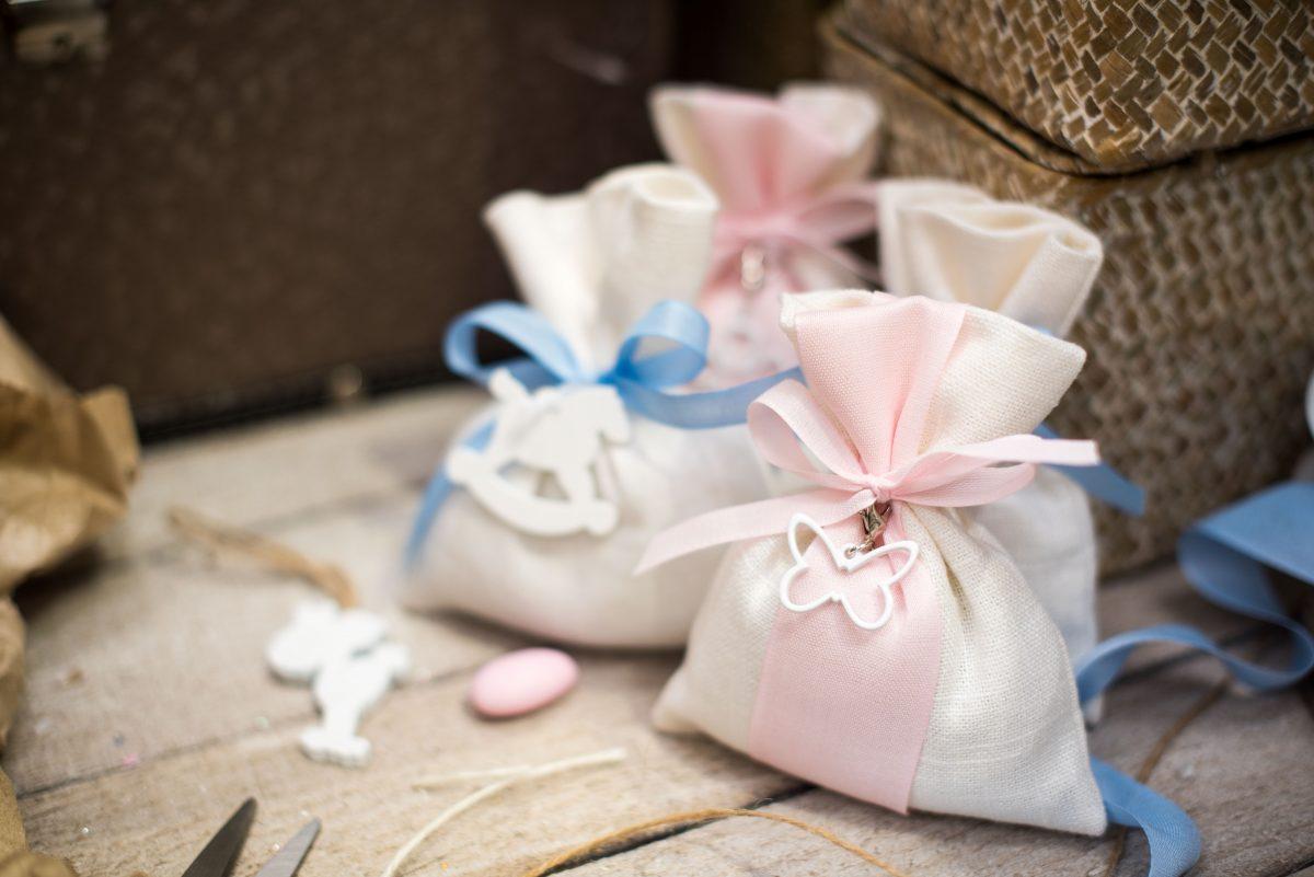 Piatti Di Carta Battesimo : Collezione bomboniere parte incartare