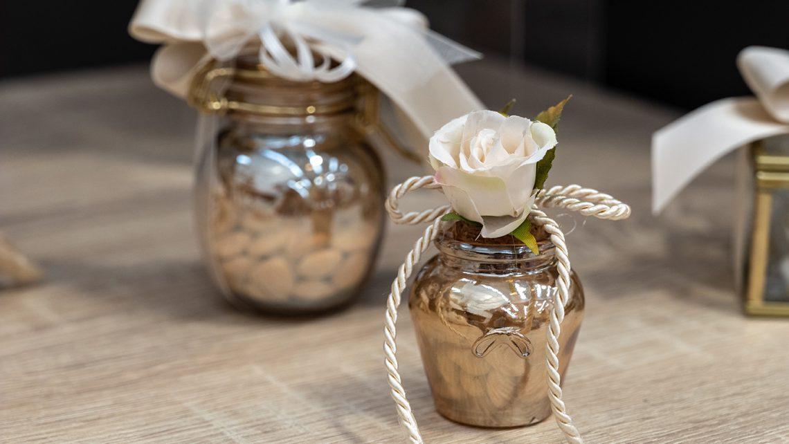 Bomboniere per matrimonio 2021: allestimenti raffinati e confettate golose per un matrimonio elegante e indimenticabile6