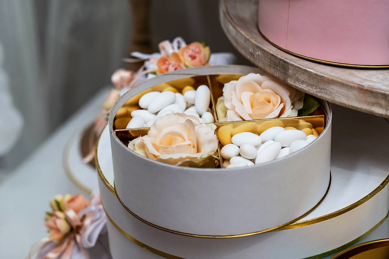 ConfettiIdee di allestimento per matrimonio bomboniere e accessori per celebrare con stile